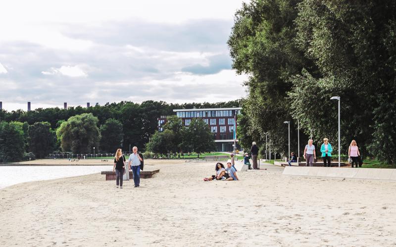 Für den bevorstehenden Feiertag Christi Himmelfahrt erlässt die Stadt Wolfsburg für den Bereich des Allerparks ein striktes Alkoholverbot.