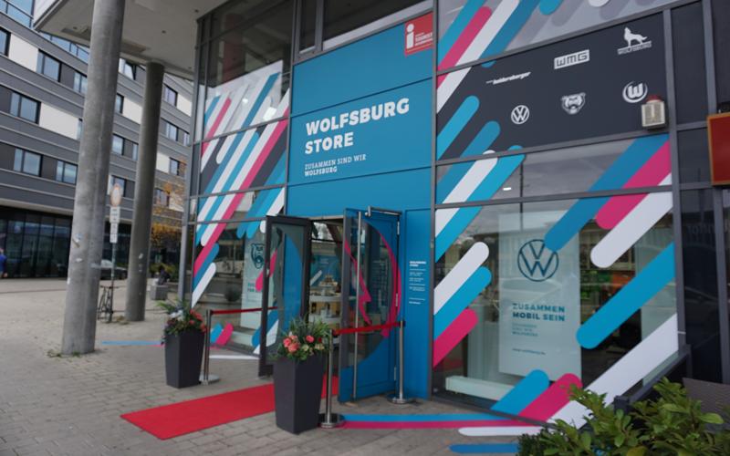 Aufgrund der jüngst per Corona-Landesverordnung möglichen Lockerungsmaßen können Wolfsburg Store und Tourist-Information wieder öffnen.